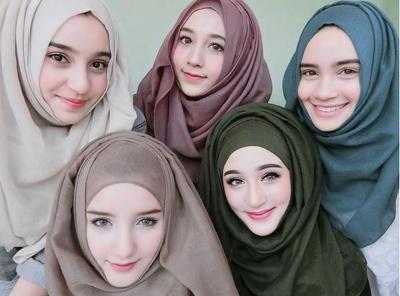 Berparas Imut Semua, Ini Style Keluarga Mirror Si Hijabers yang Diklaim Tercantik di Thailand