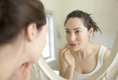 Ladies, Ini 5 Alasan yang Akan Membuat Kamu Enggak Sabar untuk Menggunakan Primer Wajah!