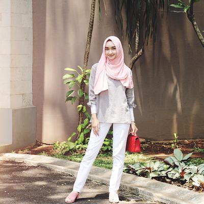 Patut Dicoba, 4 Gaya Hijab ini Ternyata Sangat Disukai Pria Lho Karena Dianggap Tak Ribet