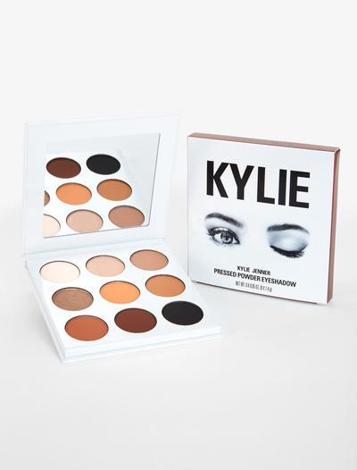 Jangan Asal Pakai, Daftar Produk Kylie Cosmetics Ini Perlu Dihindari Saat Hamil!