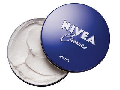 Punya Banyak Fungsi, Begini Cara Pakai Nivea Cream untuk Merawat Wajah Hingga Ujung Kaki