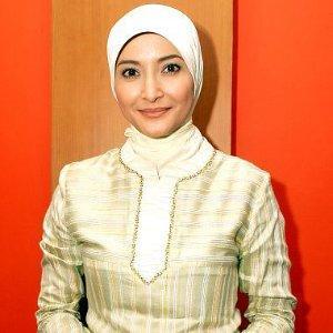 1. Jilbab Segiempat