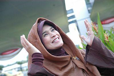 2. Jilbab Bergo