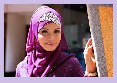 4. Jilbab Silang Tumpuk