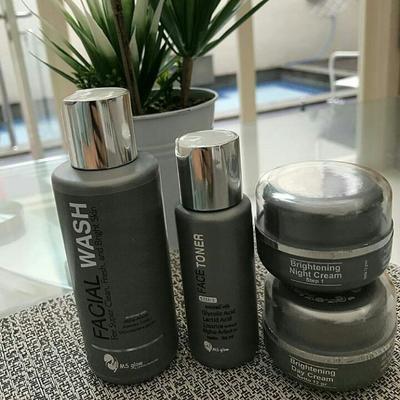 Menjadi Skin Care Terlaris, Cari Tahu di Sini Apakah Krim MS Glow Aman Digunakan Atau Tidak!