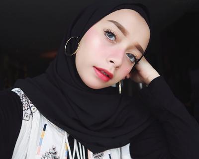 Hati-hati Saat Berpenampilan, Ternyata Ini 5 Gaya Hijab yang Tidak Disukai Pria!