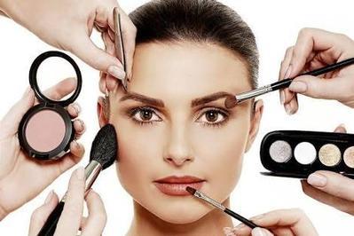 Makeup sehari-hari yang biasa kamu gunakan apa ladies?