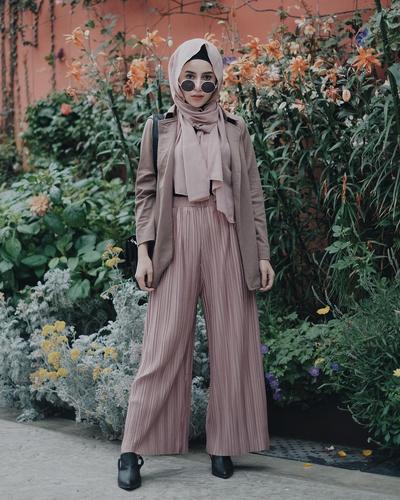 Gaya Hijab dengan Plisket