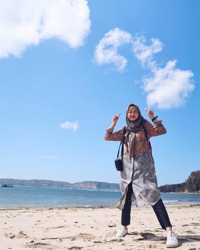 Atasan Hijab Motif Etnik