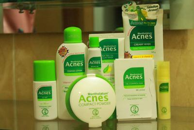 Ada yang pakai produk Acnes?