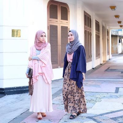 Intip Cara Padu Padan Rok Hijab yang Bisa Bikin Penampilan Kamu Jadi Lebih Beda Ini!
