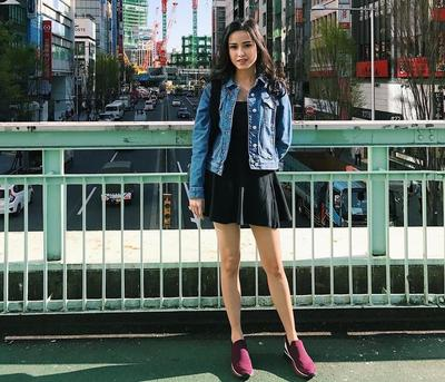 Tips Pakai Sneakers dari Para Selebgram Modis yang Membuat Penampilan Lebih Hits!