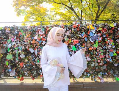 Cek Yuk! Inspirasi Gaya Busana Kasual dengan Warna Pastel Ala Selebgram Hamidah Rachmayanti!