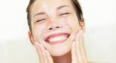 Sabun cuci muka drugstore yang bagus apa?