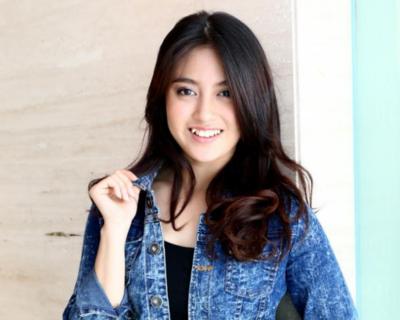 Ini Dia 5 Artis Indonesia yang Punya Senyum Gigi Paling Manis dengan Aura Terpancar