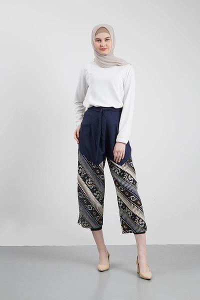 Pilih Celana Batik