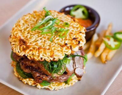 Jangan Ngaku Hits Kalau Belum Cobain Makanan Kekinian Ini di Jakarta