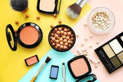 Dari Maskara Hingga Lipstik, Inilah Waktu Kadaluarsa Tiap Kosmetik yang Tak Boleh Diabaikan