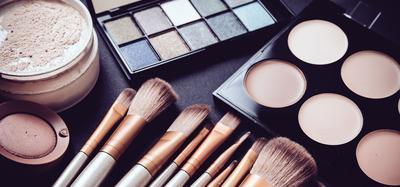 untuk pemula, makeup apa saja yang dibutuhin?