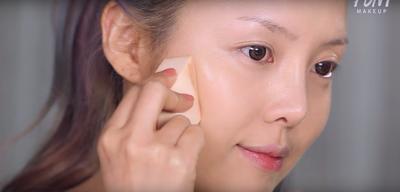 Bukan Cuma Tutorial, Ini Lho Tips dan Trik dalam Memilih Make Up Natural Ala Wanita Korea!