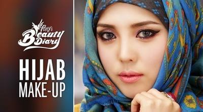 Unik Banget, Cewek Korea Ini Jago Bikin Tutorial Make Up Hijab