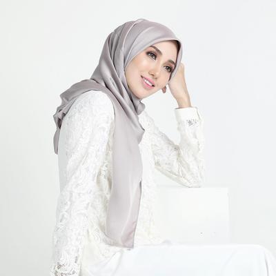 Pakai Hijab Syar'i dan Tetap Stylish? Begini Rahasianya!