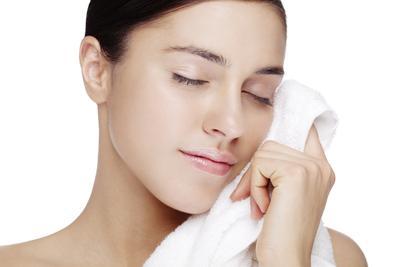 Ternyata, Produk Facial Foam Satu Ini Memiliki Klaim Bikin Wajah Super Cerah Lho!