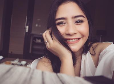 Ini Dia 5 Produk Make Over Indonesia yang Patut Dicoba!