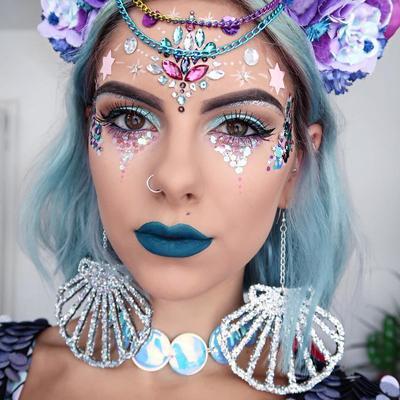 Super Unik, Makeup Hologram ala Unicorn Ini Ternyata Banyak Peminatnya!