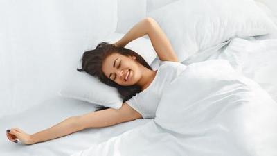 Hmm.. Kira-Kira Hal Apa Saja Yang Tidak Boleh Dilakukan Wanita Ketika Bangun Tidur? Yuk Simak!