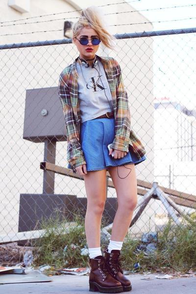 Flanel, Shirt & Boots