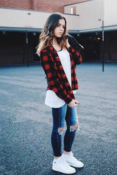 Flanel & Ripped Jeans