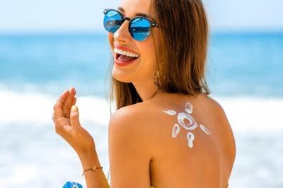 Sering Terpapar Sinar Matahari? Berikut Rekomendasi Sunscreen di Bawah 100 Ribuan yang Wajib Kamu Punya!