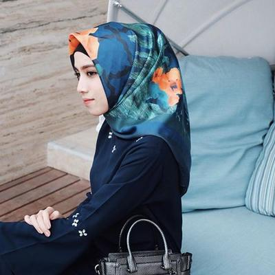 4. Hijab Maxmara