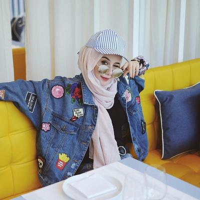 Tips Hijab Style #3 - Snapback With Denim