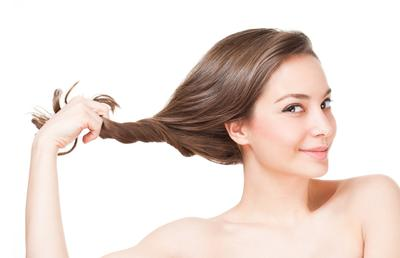 Sering Catokan? Jangan Lupa Menggunakan Vitamin Rambut Berikut Ya Ladies!