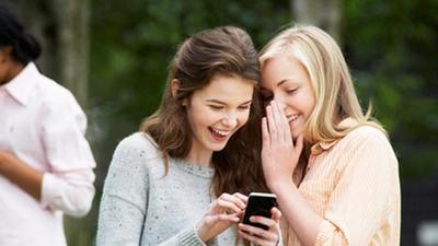 Mulai Obrolan Lewat Media Sosial