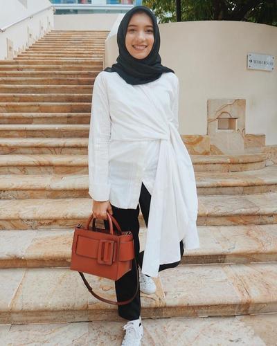 Konsep Fashion Hijab Simple