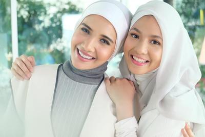 Bingung Memadukan Hijab Warna Putih? Ini Inspirasinya!