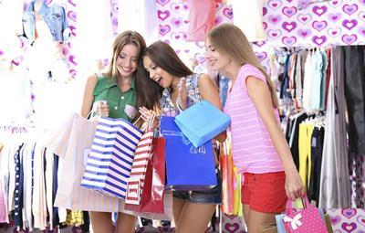 Ladies, Ini Trik Meraih Diskon Besar di Akhir Tahun Agar Belanja Fashionmu Makin Seru!