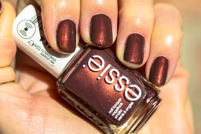 Essie Winter Polish Collection nail polish in Ready to Boa