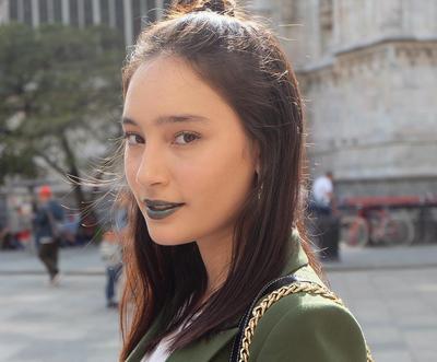 Bold Lips, Green Lips!