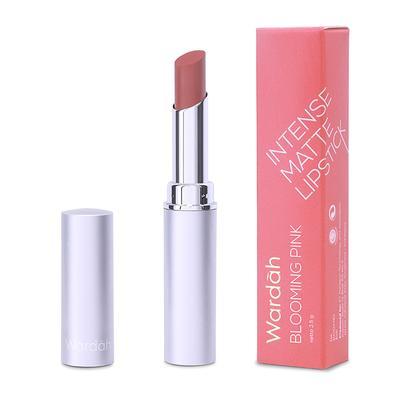 2. Wardah Intense Matte Lipstick Shade Blushing Nude
