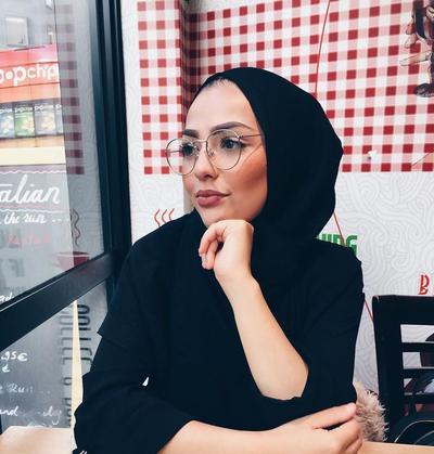 Hijabers, Ini Tips Memilih Kacamata yang Cocok untuk Tampilan Hijab Kamu!