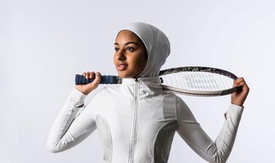 Apa ya baju olahraga yang cocok dan nyaman dipakai oleh para hijabers? Beli dimana?