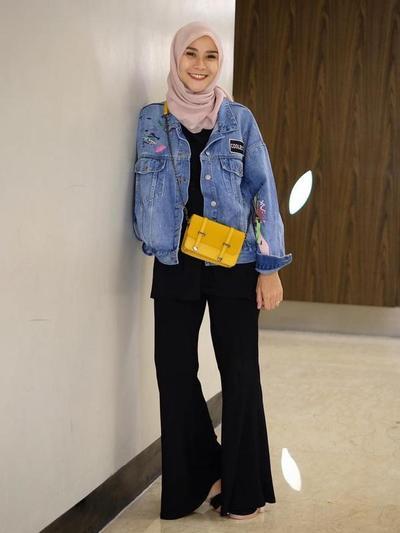Celana Cutbray dengan Jaket Jeans