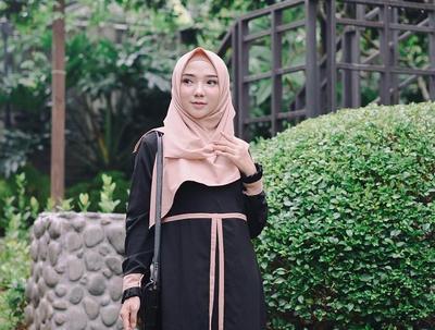 Jangan Ragu Memakai Hijab Syar'i, Ini 4 Gaya yang Paling Cocok untuk Dipakai Hijabers Remaja