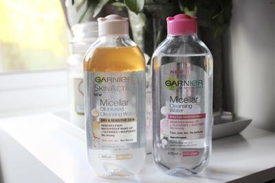 Micellar Water vs Cleansing Oil Bagusan Mana? Ternyata Ini Jawabannya......