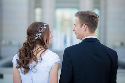 3 Aplikasi Smartphone untuk Persiapan Pernikahan yang Bebas Stress dan Lebih Fun!