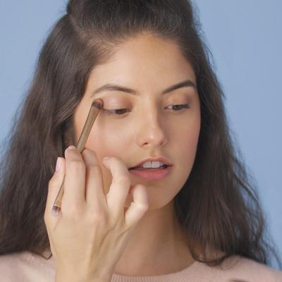 5 Langkah Trik Make Up Tahan Lama untuk Kulit Kering Agar Selalu Terlihat Lembap!